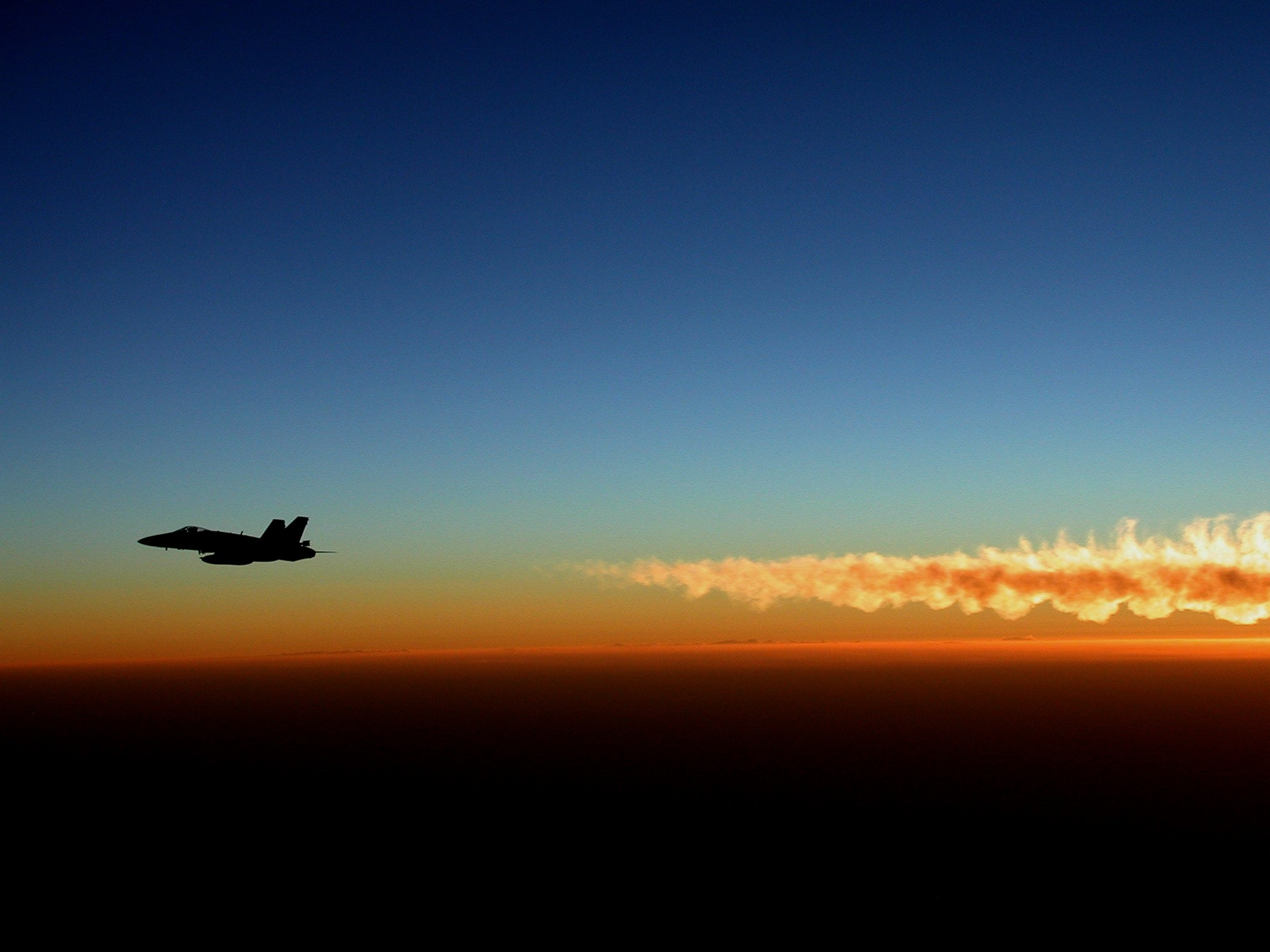 military-jet-619984