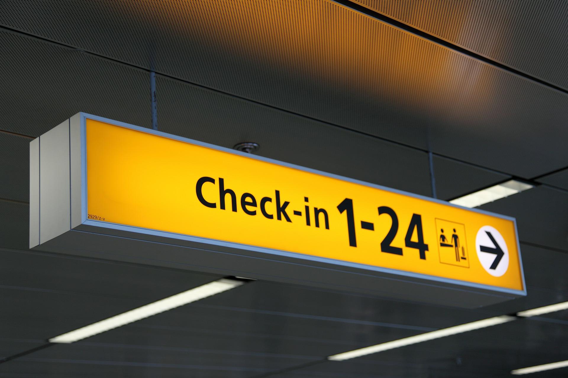 airport-20543_1920