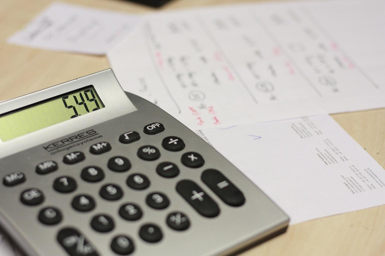 calculator-1156121_1280
