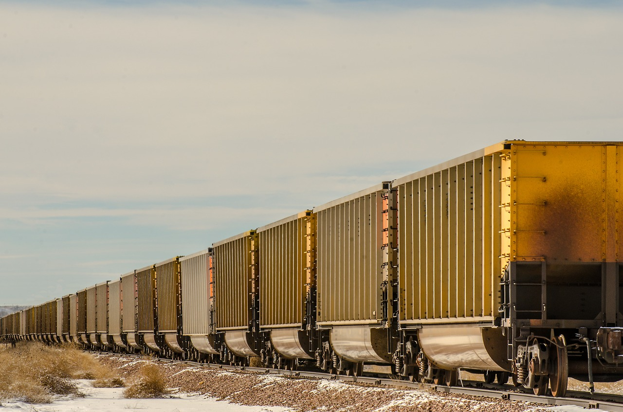 train-cars-1110085_1280