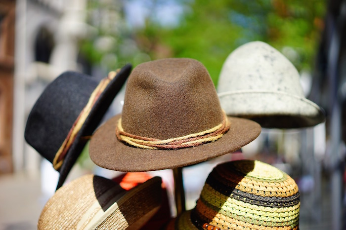 hats-829509_1280